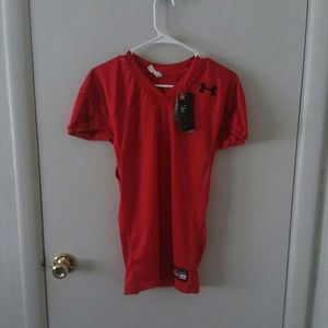 NWT Under Armour Red Jersey Heatgear | M